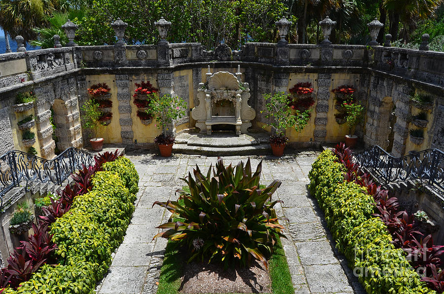 Vizcaya Photograph   Vizcaya Mansion Museum Grounds Botanical Gardens  Courtyard Miami Florida By Shawn OBrien