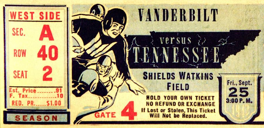 Tennessee Photograph - Volunteer State Rivalry by Benjamin Yeager
