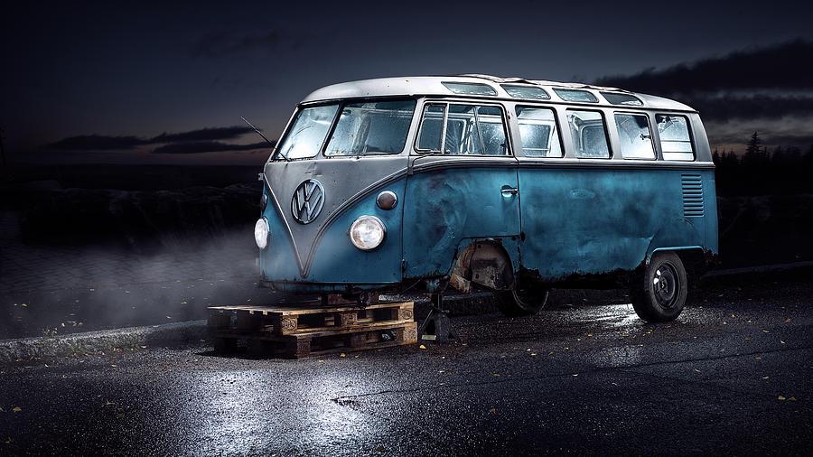 Blue Photograph - Vw Kleinbus by Petri Damst??n