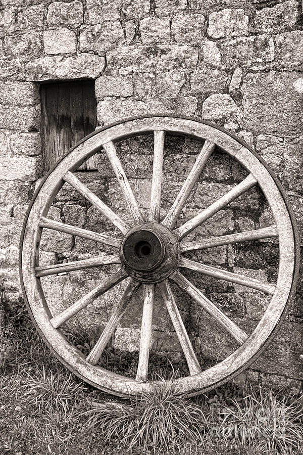Wagon Photograph - Wagon Wheel by Olivier Le Queinec