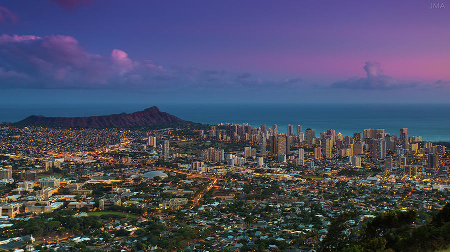 Waikiki And Diamond Head At Sunset Photograph by J. Andruckow