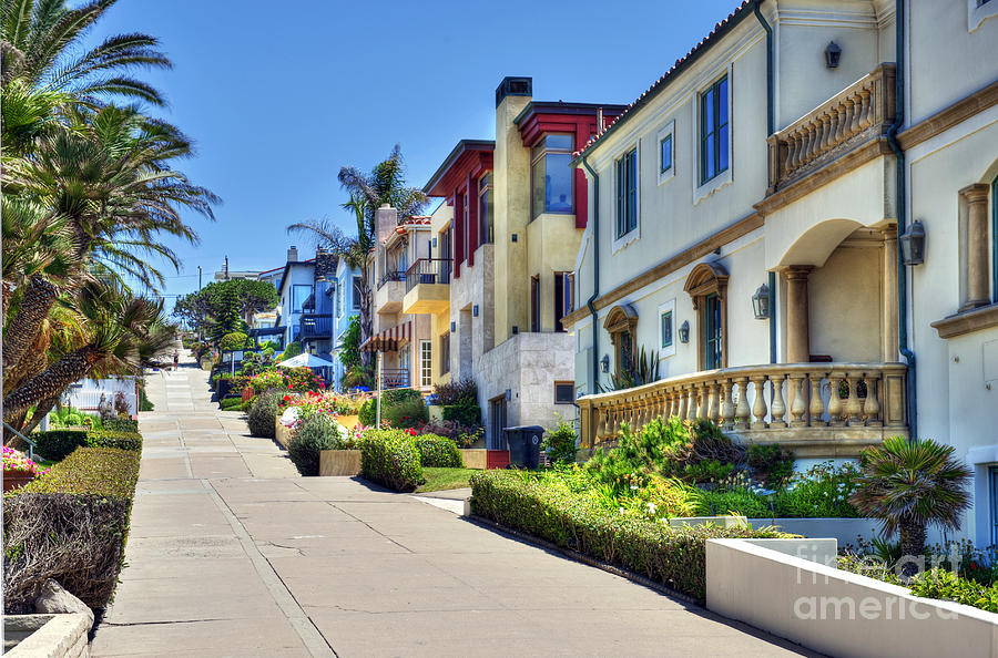 Walk Street Manhattan Beach Ca Photograph By David Zanzinger