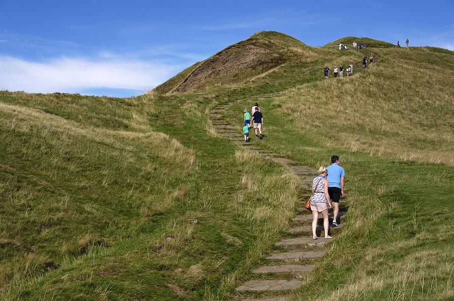 Derbyshire Photograph - Walking Up Mam Tor by Rod Johnson