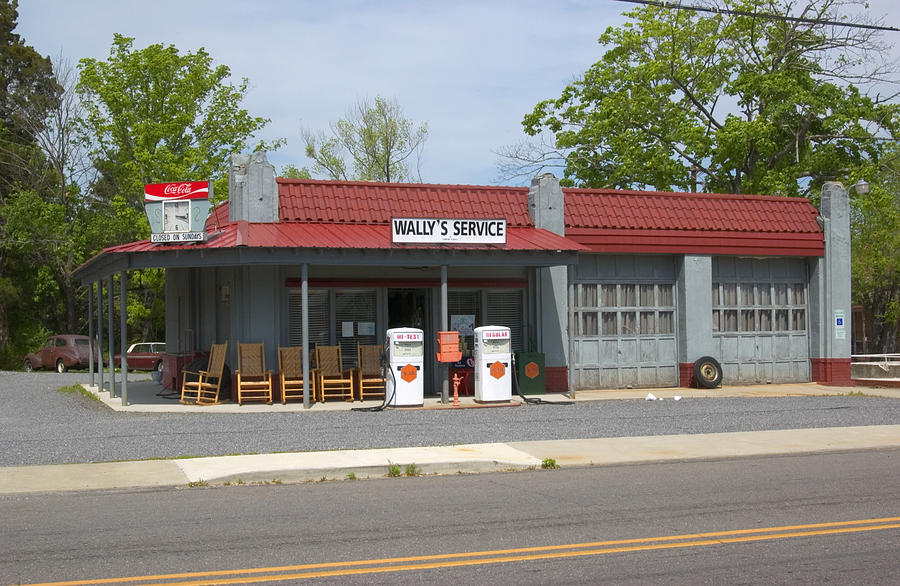 Mayberry Photograph - Wallys Service Station Mayberry by Bob Pardue