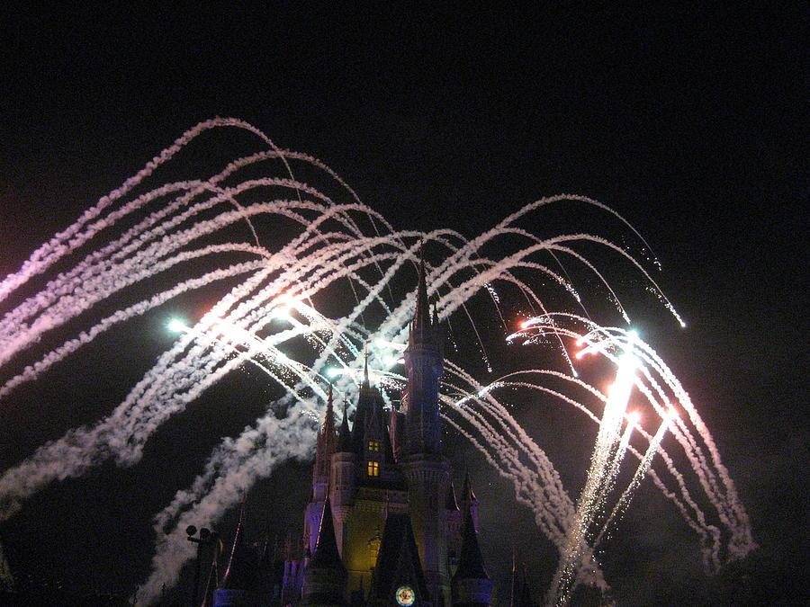 Walt Photograph - Walt Disney World Resort - Magic Kingdom - 121263 by DC Photographer