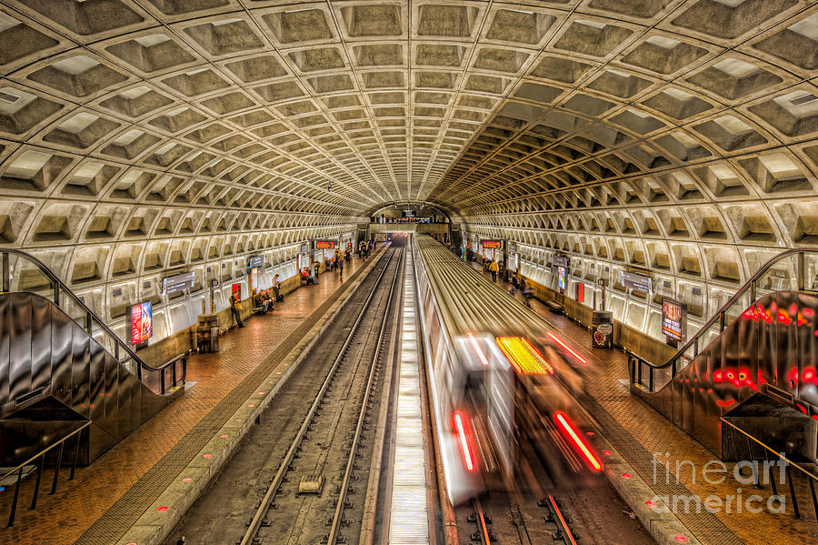 America Photograph - Washington DC Metro Station XI by Clarence Holmes