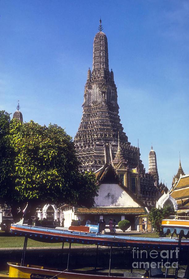 Wat Arun Photograph by Bob Phillips