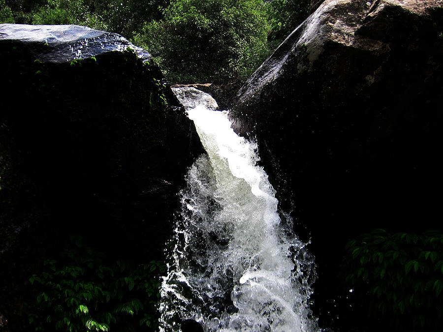 Nature Photograph - Water Fall by Vijinder Singh