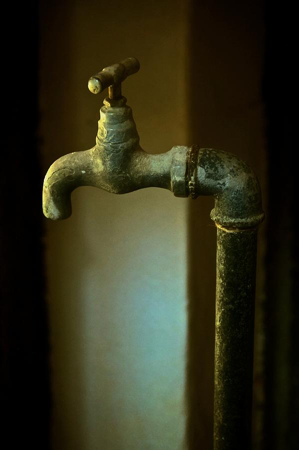 Water Sculpture Photograph - Water Sculpture by Odd Jeppesen