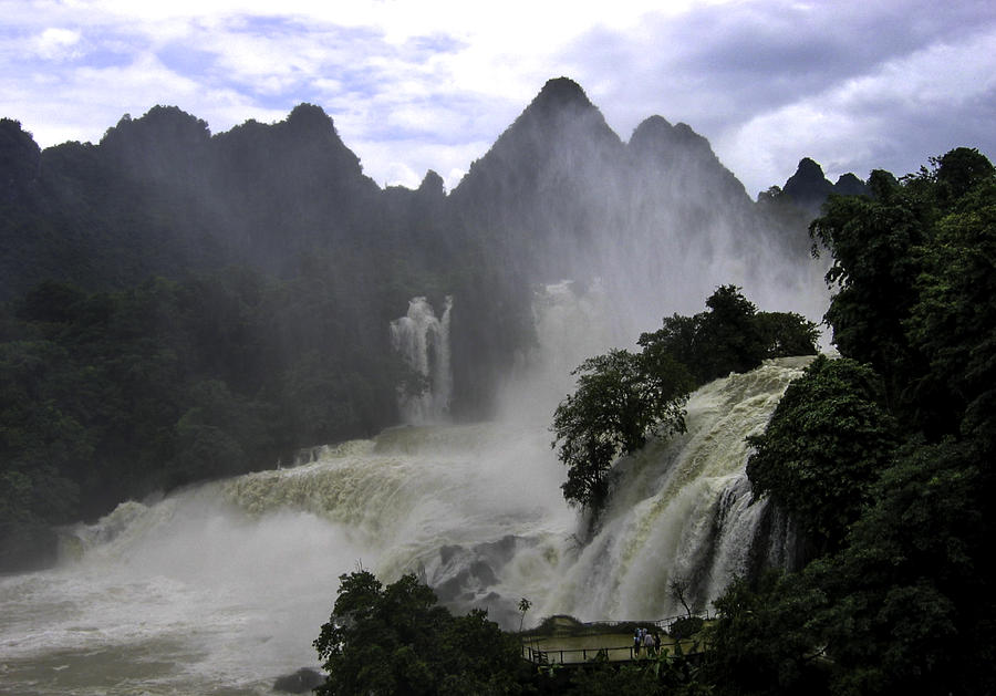 Waterfall Photograph by Qing