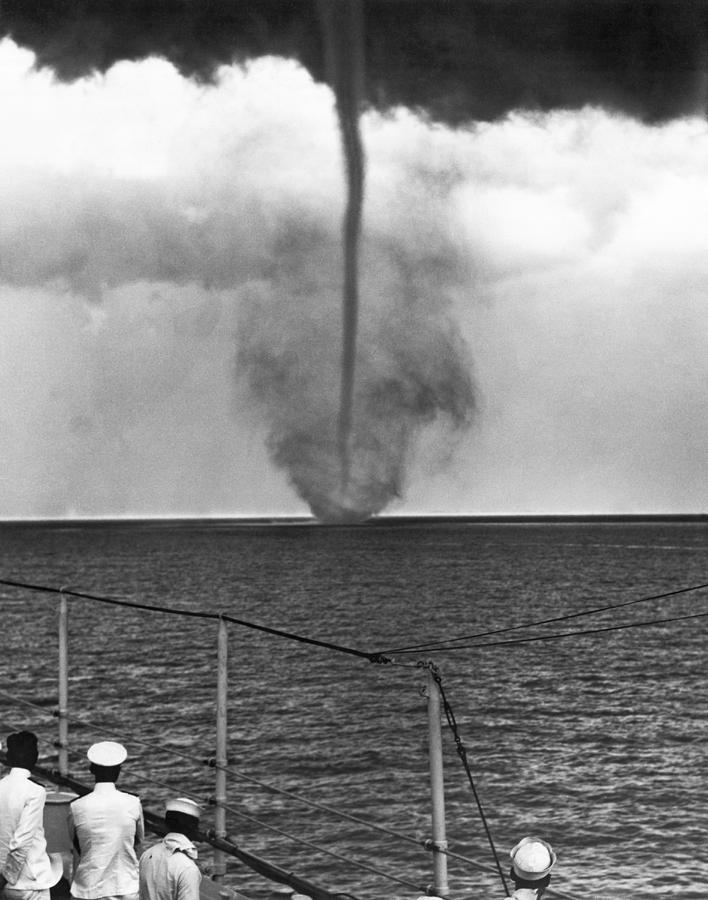 1920s Photograph - Waterspout In China by Underwood Archives