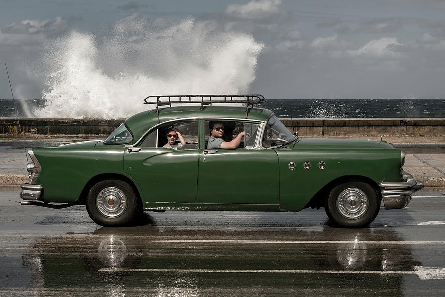 Cuba Photograph - Waving Malecon by Andreas Bauer
