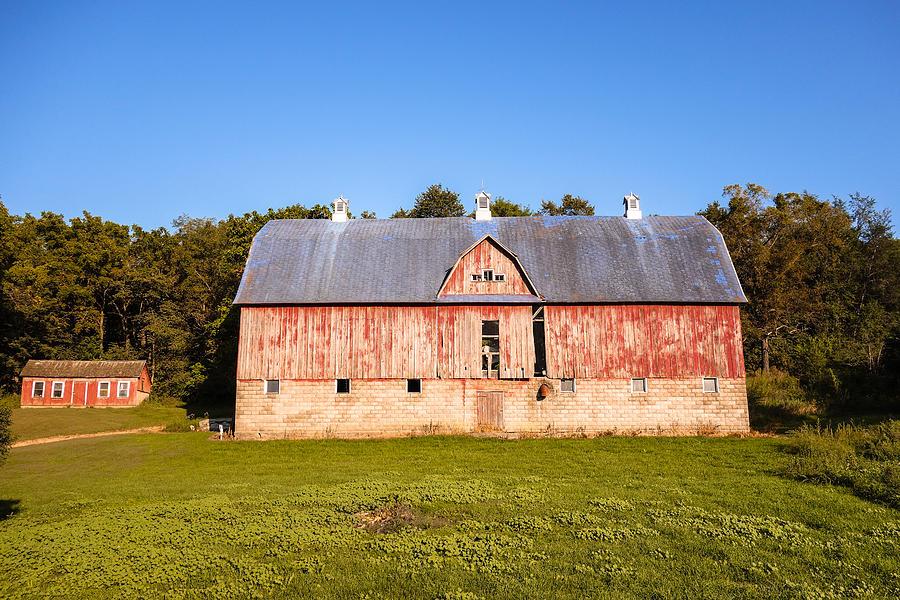 Weathered Barn by Rural America Scenics