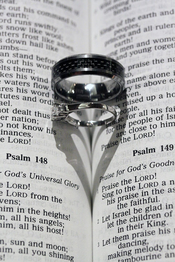 Wedding Photograph - Wedding Ring Heart by Shoal Hollingsworth