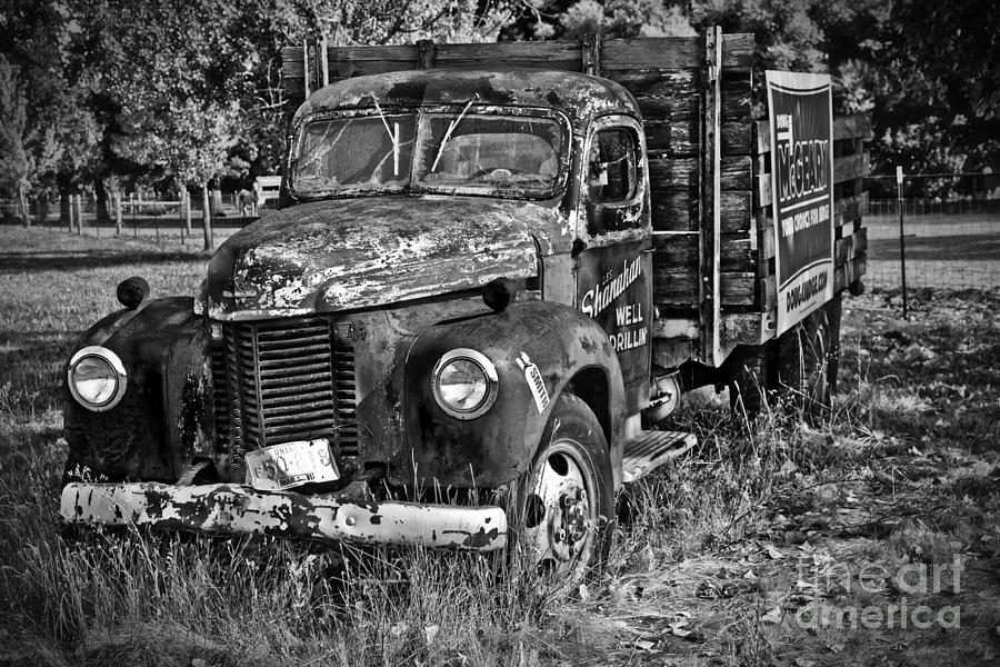 Oregon Photograph - Well Drilling Truck by Timothy Hacker
