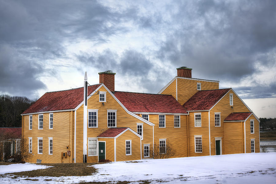 Wentworth Photograph - Wentworth Coolidge Mansion by Eric Gendron