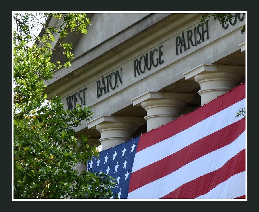 West Baton Rouge Photograph - West Baton Rouge Court House by Eunice Parker