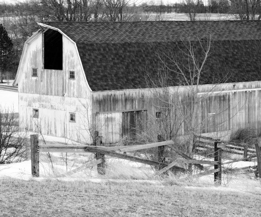 Barn Photograph - Western New York Farm 1 In Black And White by Tracy Winter