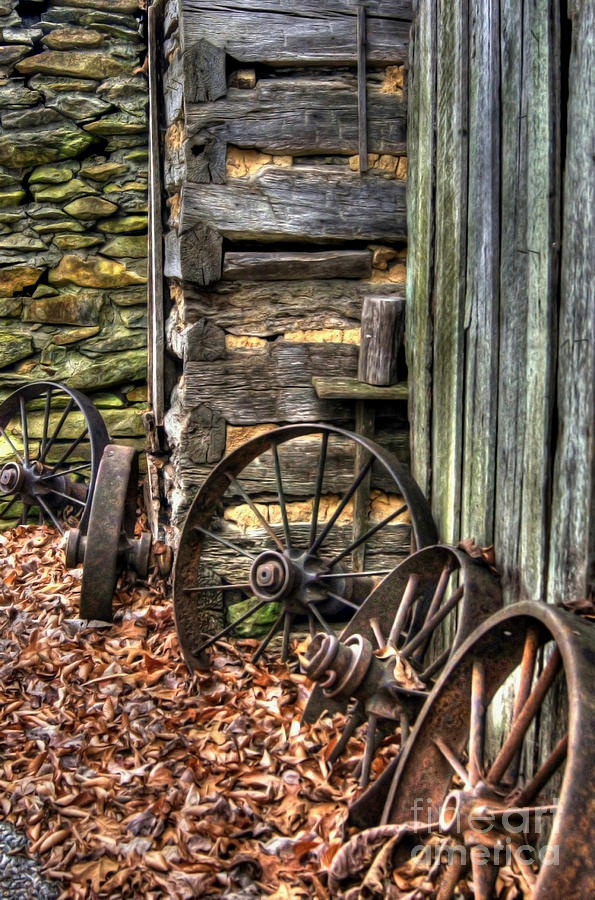 Wagon Wheel Photograph - Wheels Of Time by Benanne Stiens