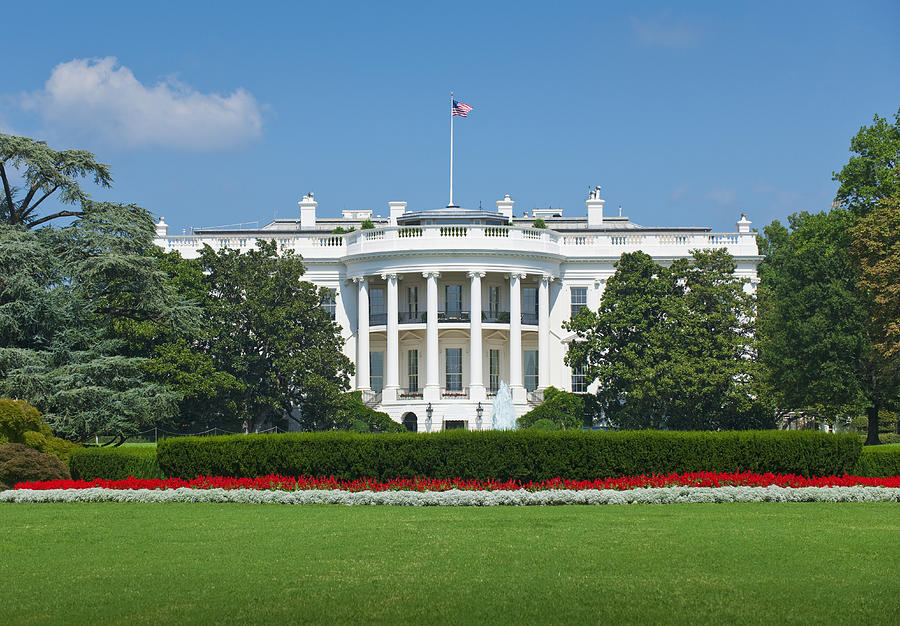 White house Photograph by Tetra Images