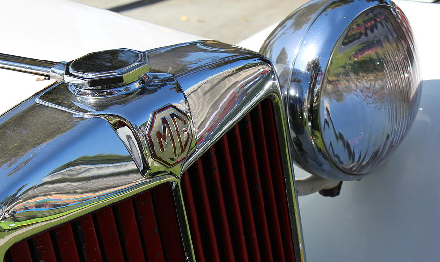 Automobile Photograph - White Mg With Red Grille by Mark Steven Burhart