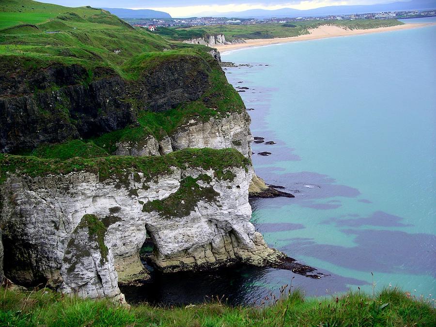 White Rocks by Nigel Cameron