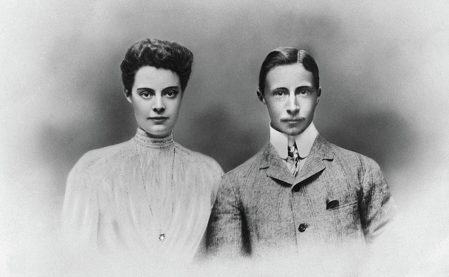 1905 Photograph - William And Cecilie, C1905 by Granger