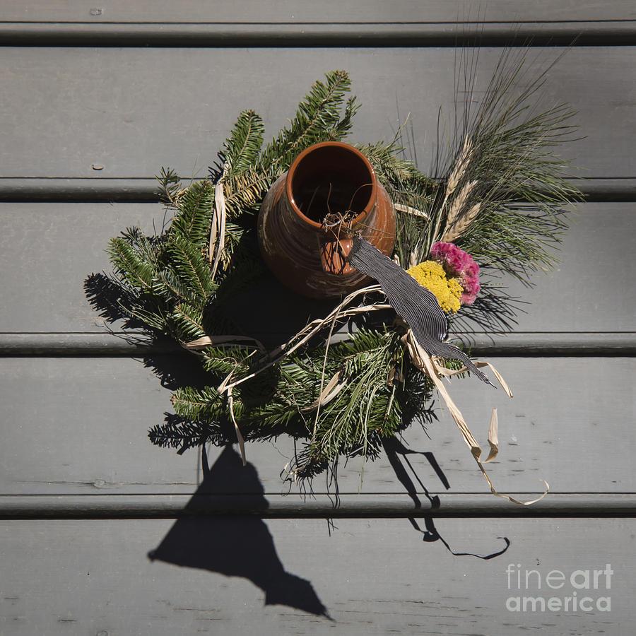 Colonial Photograph - Williamsburg Bird Bottle 2 by Teresa Mucha