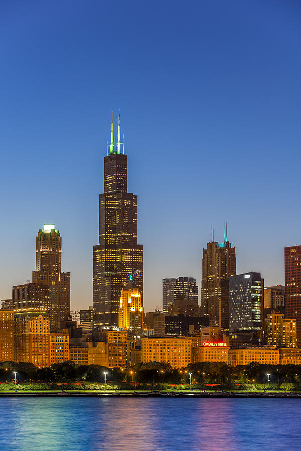 Willis Tower by Sebastian Musial