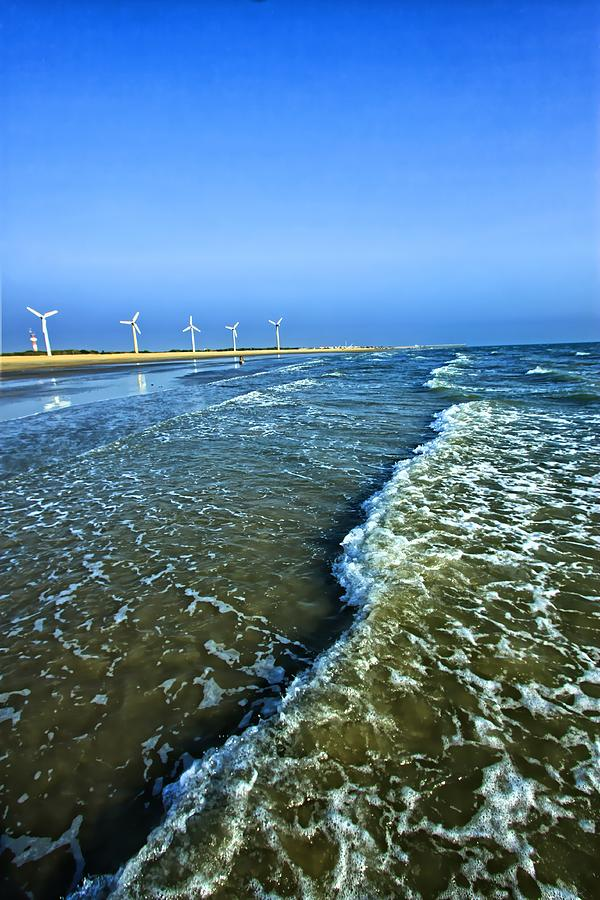 Windfarm Beach, Mandvi, Kutch, Gujarat Photograph by © Jayesh Bheda
