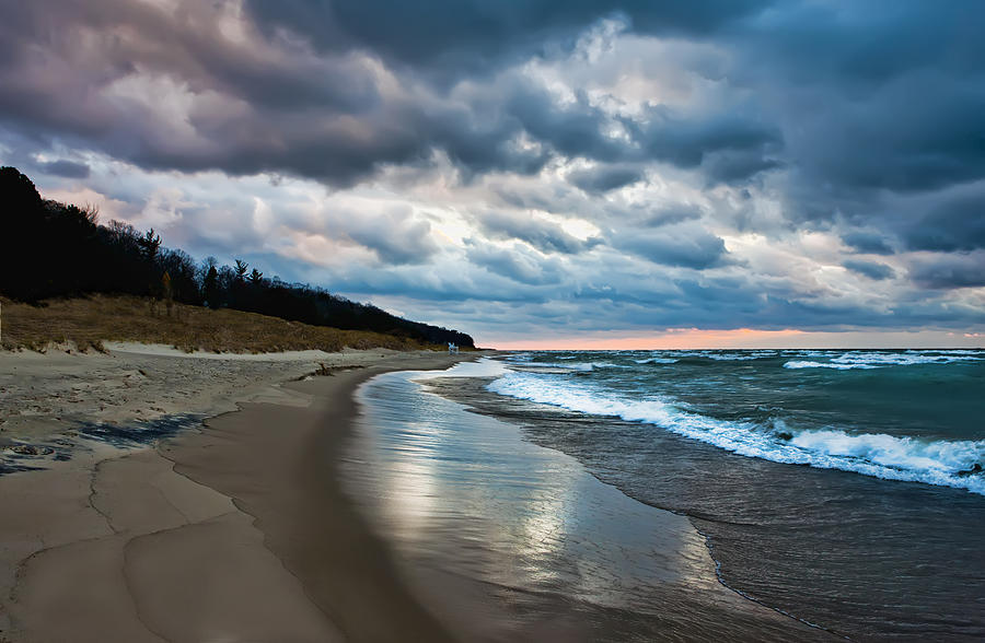 Winds Of Oval Beach Saugatuck Michigan Photograph By Evie