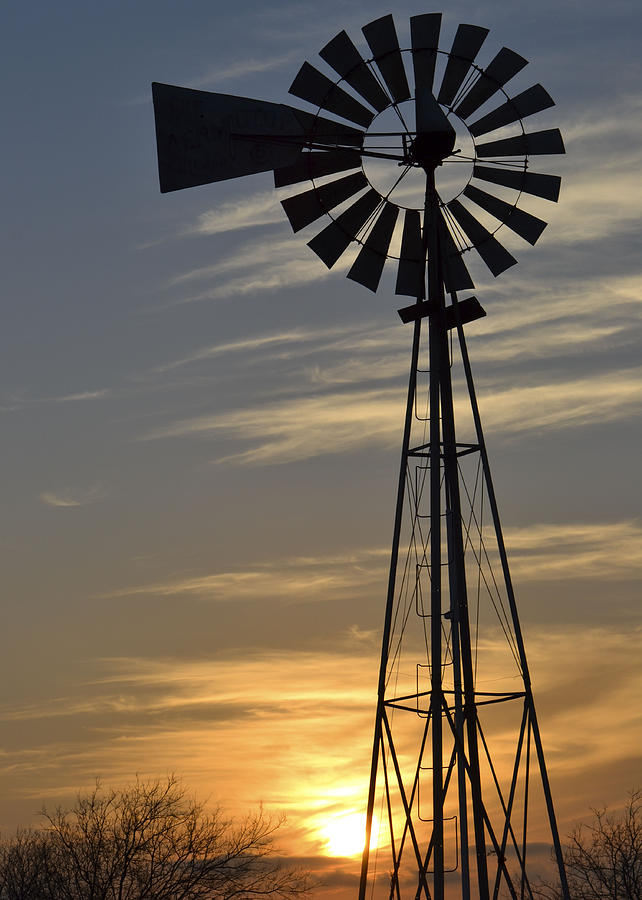 Windmill Photograph - Windset by Teresa Dixon