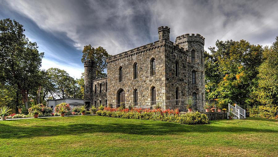Winnekenni Castle Photograph - Winnekenni Castle by Liz Mackney