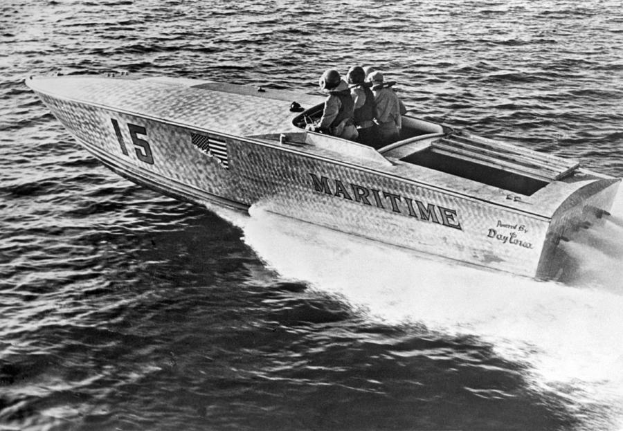 1965 Photograph - Winner Of The 180 Mile West Palm Beach To Lucaya-freeport Gatewa by Underwood Archives