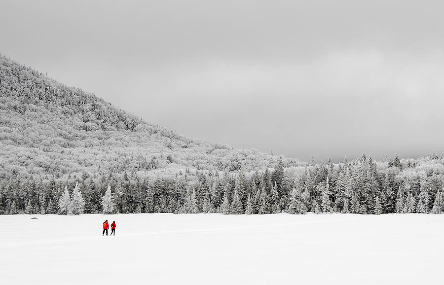Lonesome Lake Photograph - Winter Hikers On Lonesome Lake by Ken Stampfer