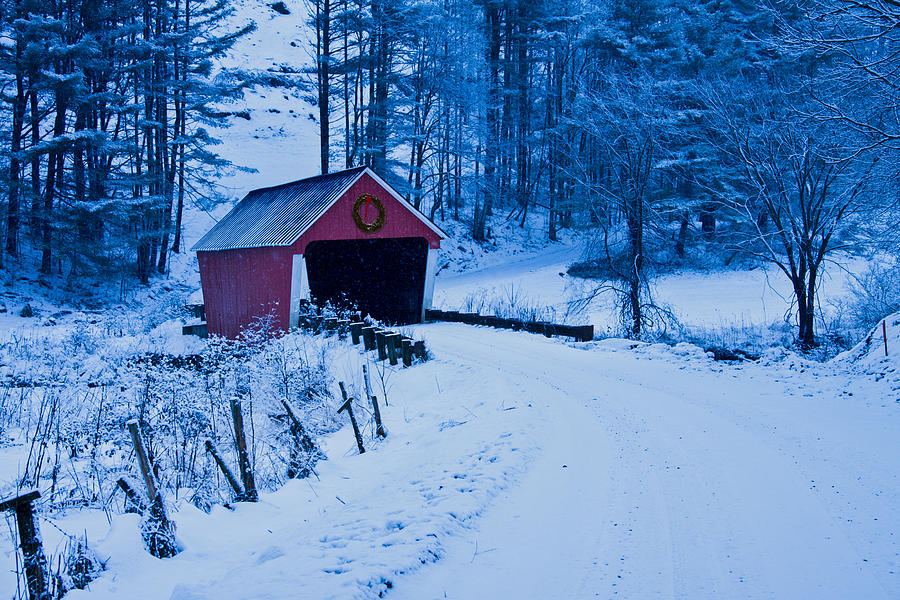 Kissing Bridge Vermont winter Vermont c...