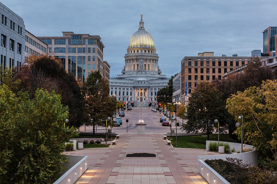 Wisconsin State Capitol Building Photograph by Kenneth C. Zirkel