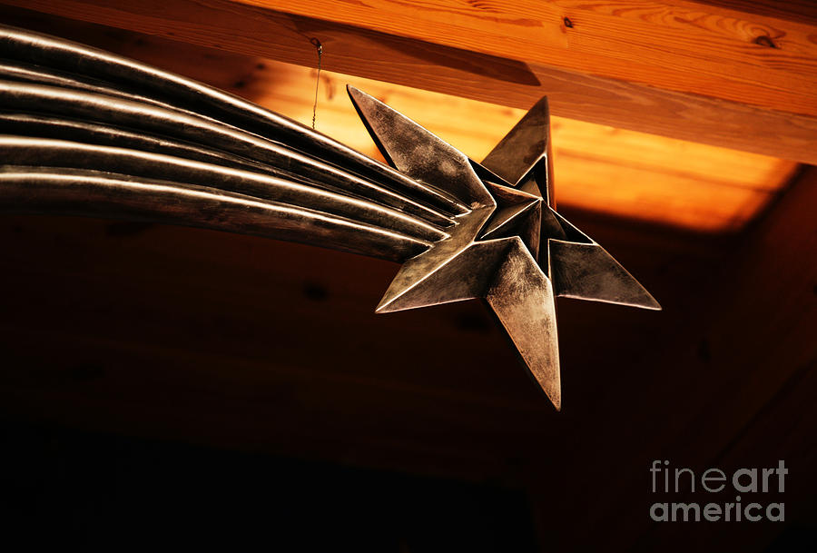 Star Photograph - Wish Upon A Shooting Star by Linda Shafer