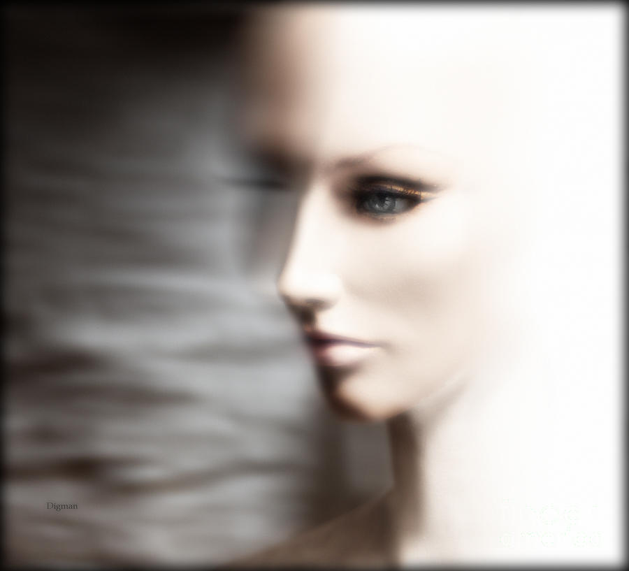 Beauty Photograph - Women Are From Venus - Men Are Aliens  by Steven Digman
