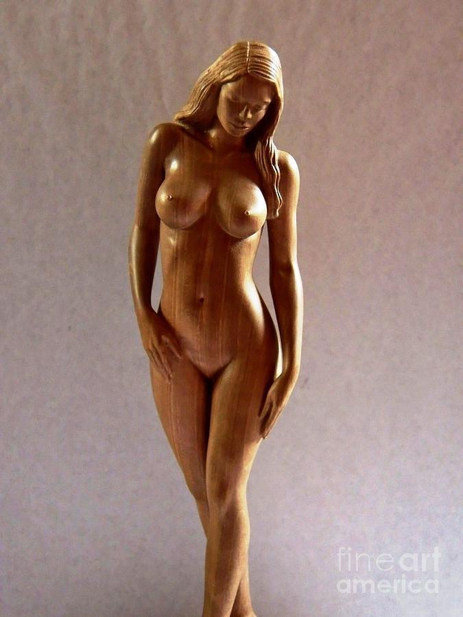 Voluptuous naked nude woman sculpture statue