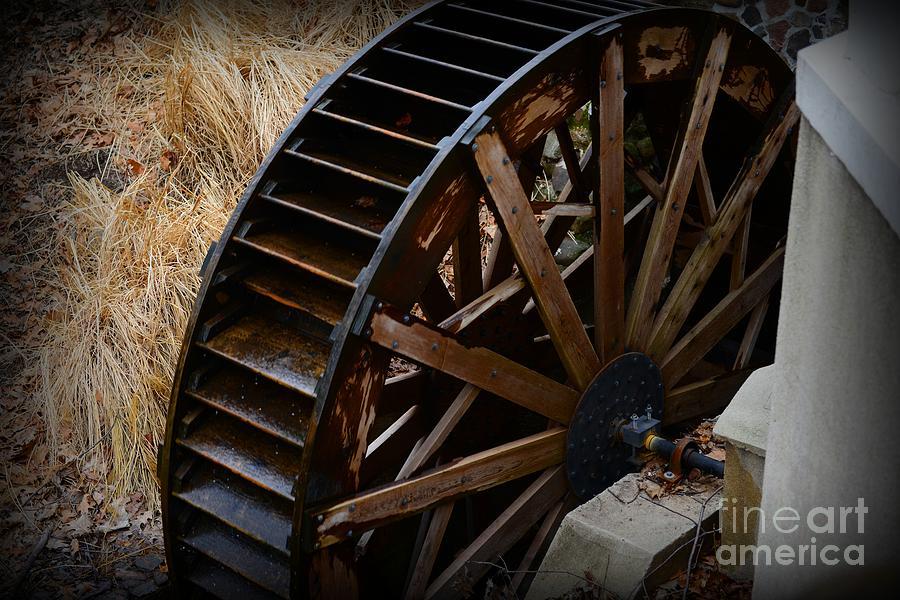 Paul Ward Photograph - Wooden Water Wheel by Paul Ward