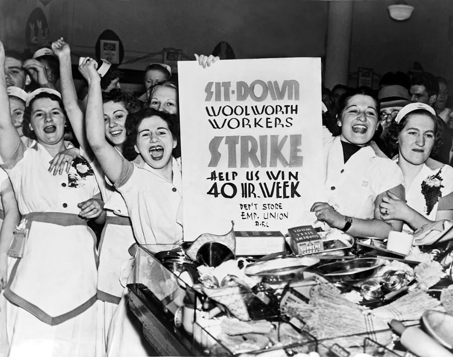 1937 Photograph - Woolworth Workers Strike by Underwood Archives