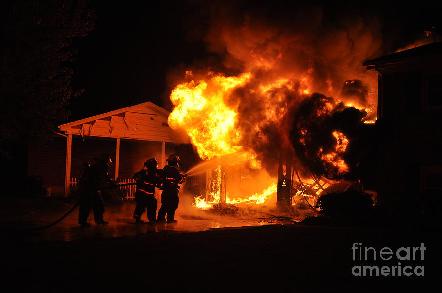 Structure Fire Photograph - Working Garage Fire by Steven Townsend