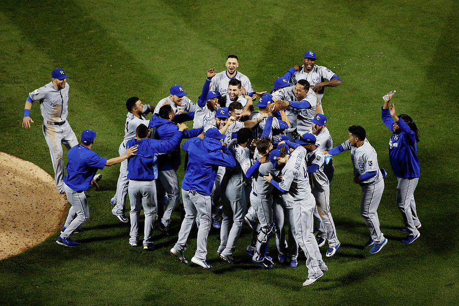 World Series - Kansas City Royals V New Photograph by Tim Bradbury