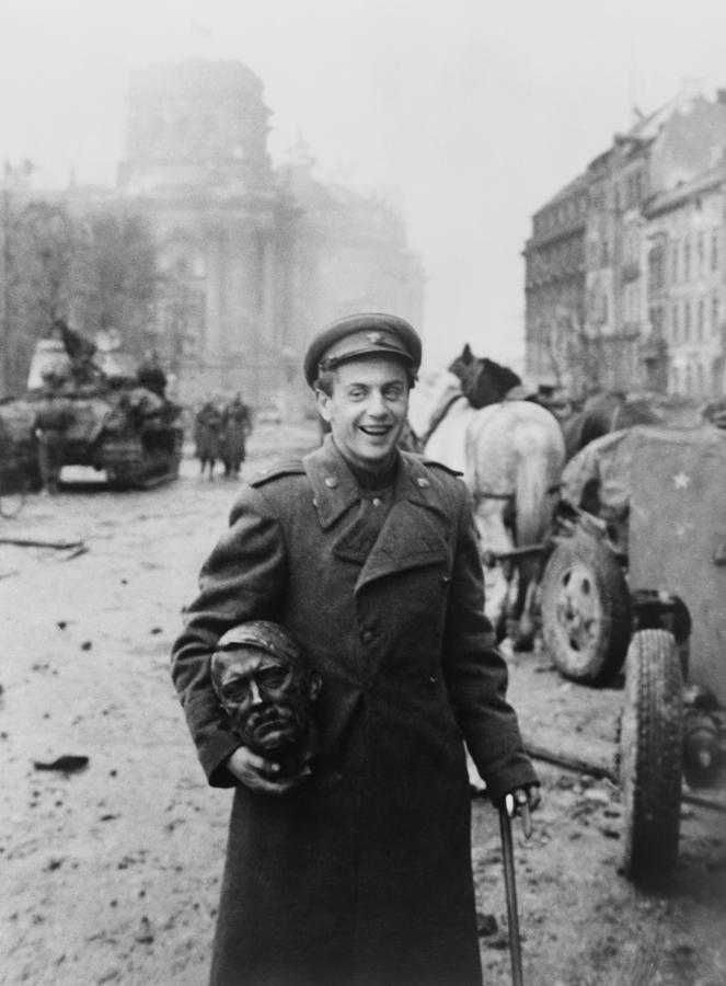 History Photograph - World War 2, Battle Of Berlin, April by Everett