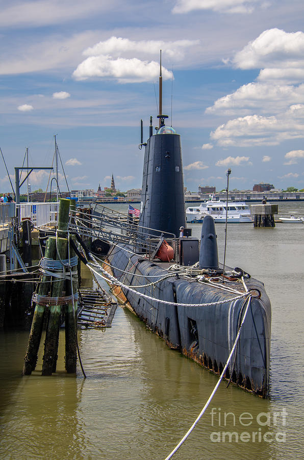 Uss Clamagore Photograph - Wwii Sub by Dale Powell