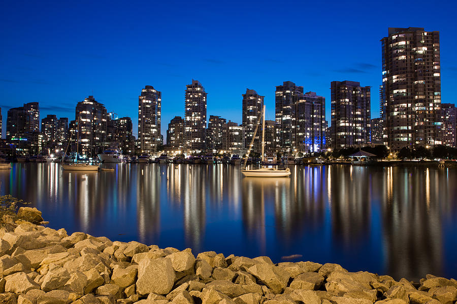 Vancouver Photograph - Yaletown on the rocks by Mirco Millaire
