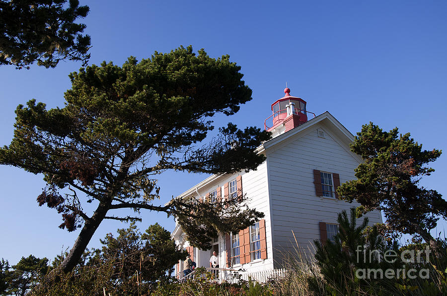 Yaquina Bay Lighthouse Photograph