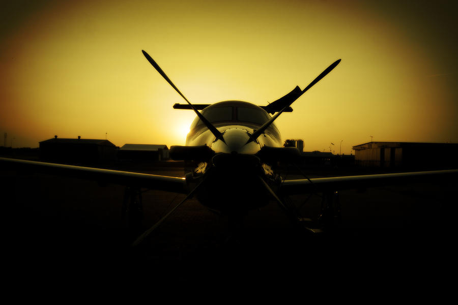 Pilatus Pc 12 Photograph - Yello Lady by Paul Job