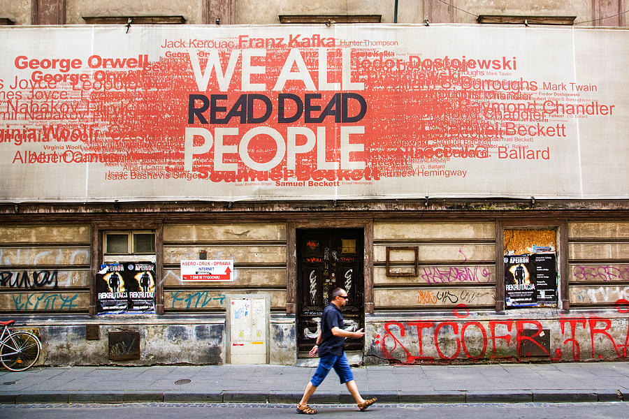 Street Photograph - Yes We Do by Joanna Madloch